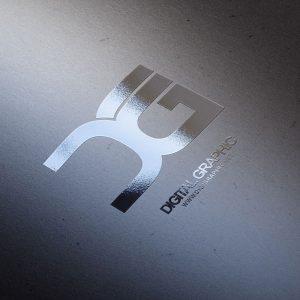 موکاپ لوگو برجسته UV